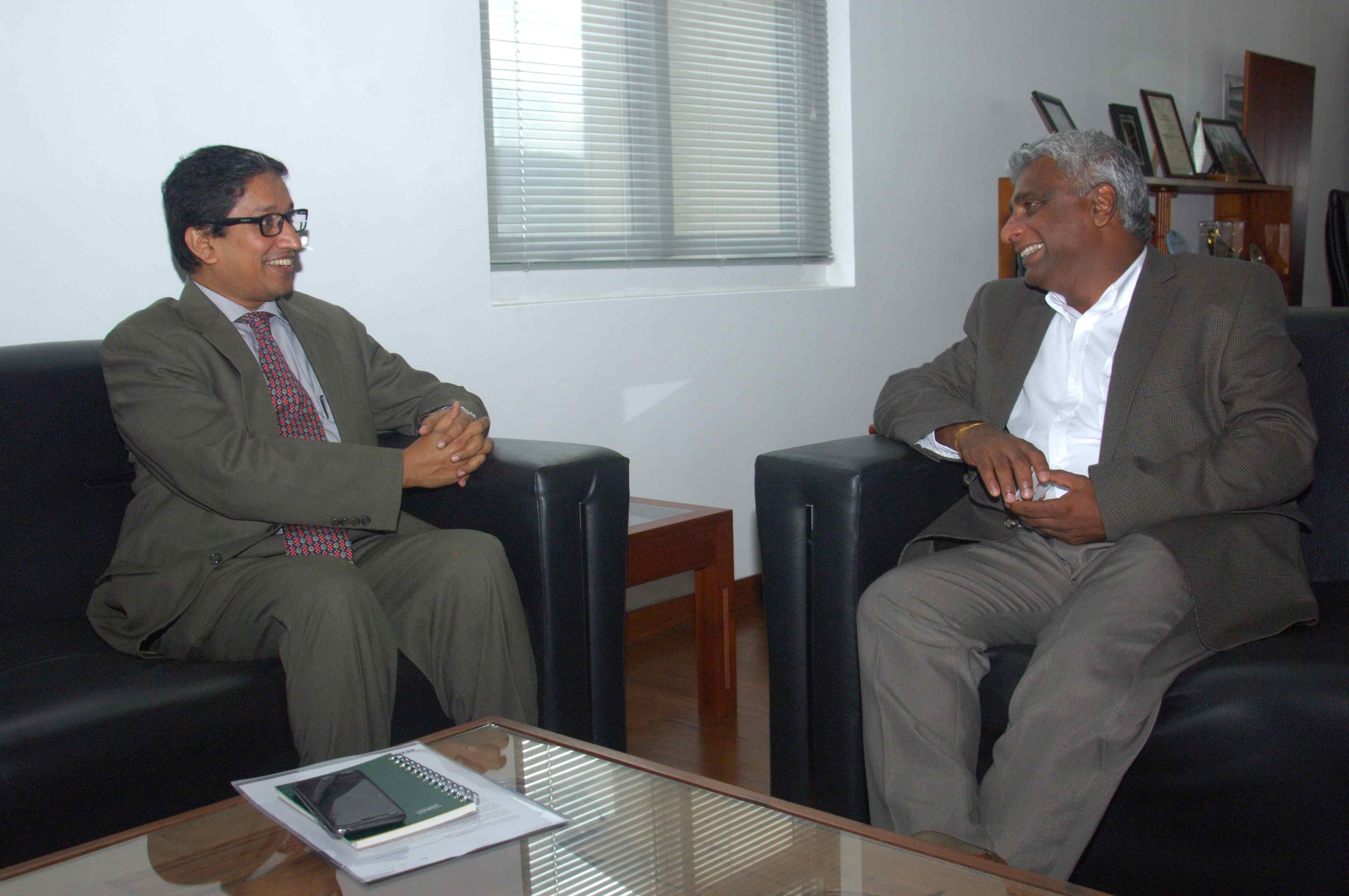 Bangladesh Ambassadar His Ex Mr Riaz Hamidulla Meets Chairman SLPA