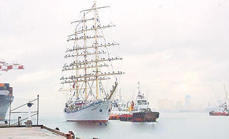 Russian sail training ship 'Nadezda' arrives at Colombo Port